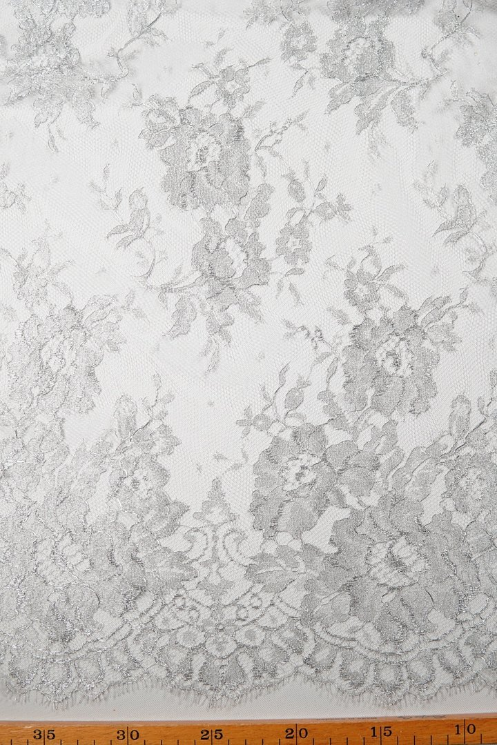 Chantilly lace silver