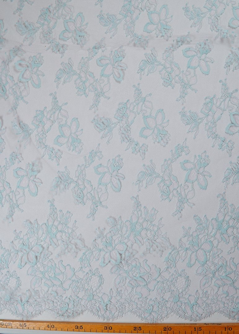 Chantilly lace baby blue - cool pink
