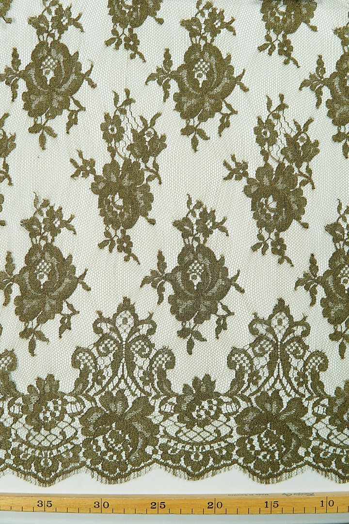 Chantilly lace olive